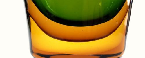Modernes Glas